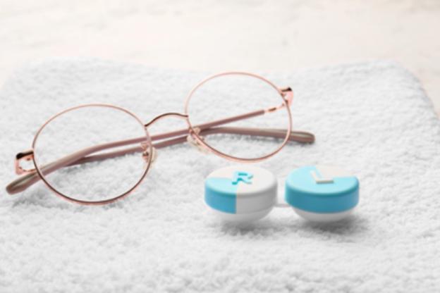 Contact lenses vs Eyeglasses